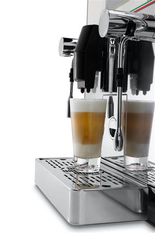 Ekspres automatyczny do kawy Astoria Gemma - w użyciu 1